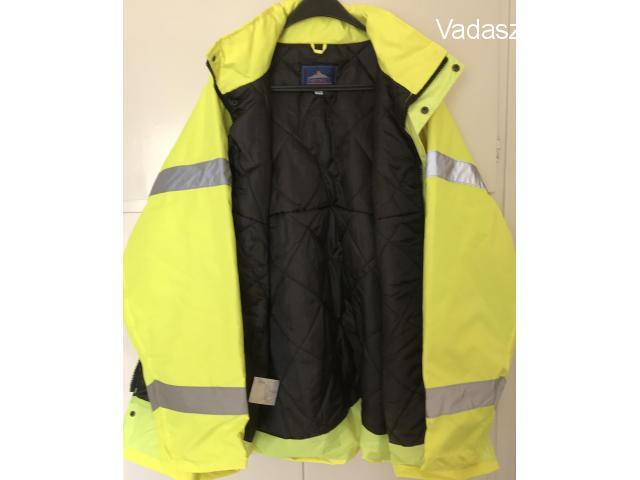 Eladó vadonatúj jólláthatósági bélelt kabát 3XL-es