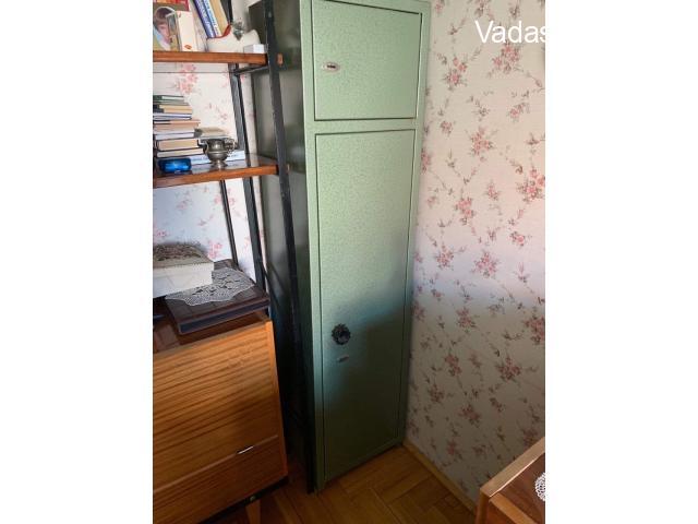 Vadász szekrény